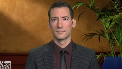 Anti-Abortion Extremist Behind Planned Parenthood Videos Turns Himself In