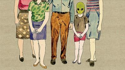 Platicamos con una mujer que asegura tener hijos mitad extraterrestres