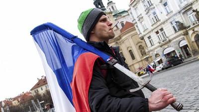 Morgen demonstriert in 15 Städten das 'Who is Who' des europäischen Rassismus