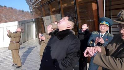 Lo que sabemos del cohete y 'satélite' que Corea del Norte puso en órbita