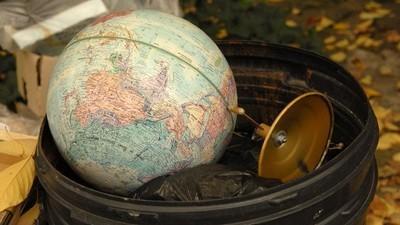 Perché c'è ancora qualcuno che crede che la Terra sia piatta?