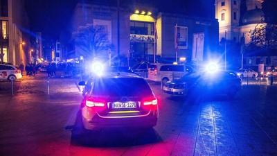 Die Polizei schlägt zurück: Groß-Razzia gegen Rechtsradikale in Dortmund