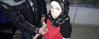 Βίντεο Δείχνει πώς Λιμοκτονούν οι Άνθρωποι σε Κλινική στη Συρία που Διευθύνεται από Έναν Κτηνίατρο