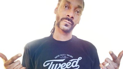 Snoop Dogg Just Signed a Contract with Major Marijuana Company in Canada