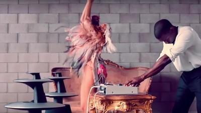 Cómo la música electrónica convirtió a Kanye West en un súper humano