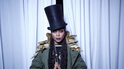 Erykah Badu Makes Fashion Styling an Art Form