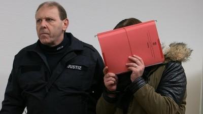 Heulsuse der Woche: Weinbrand-Neonazis vs. Döner-Freund