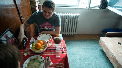 Cum să te prefaci că ştii să găteşti de Ziua Îndrăgostiţilor, ca să-ţi impresionezi prietena