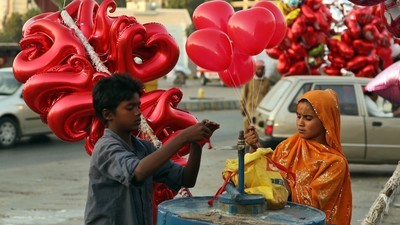 Here's Why Pakistan Is Cracking Down On Valentine's Day