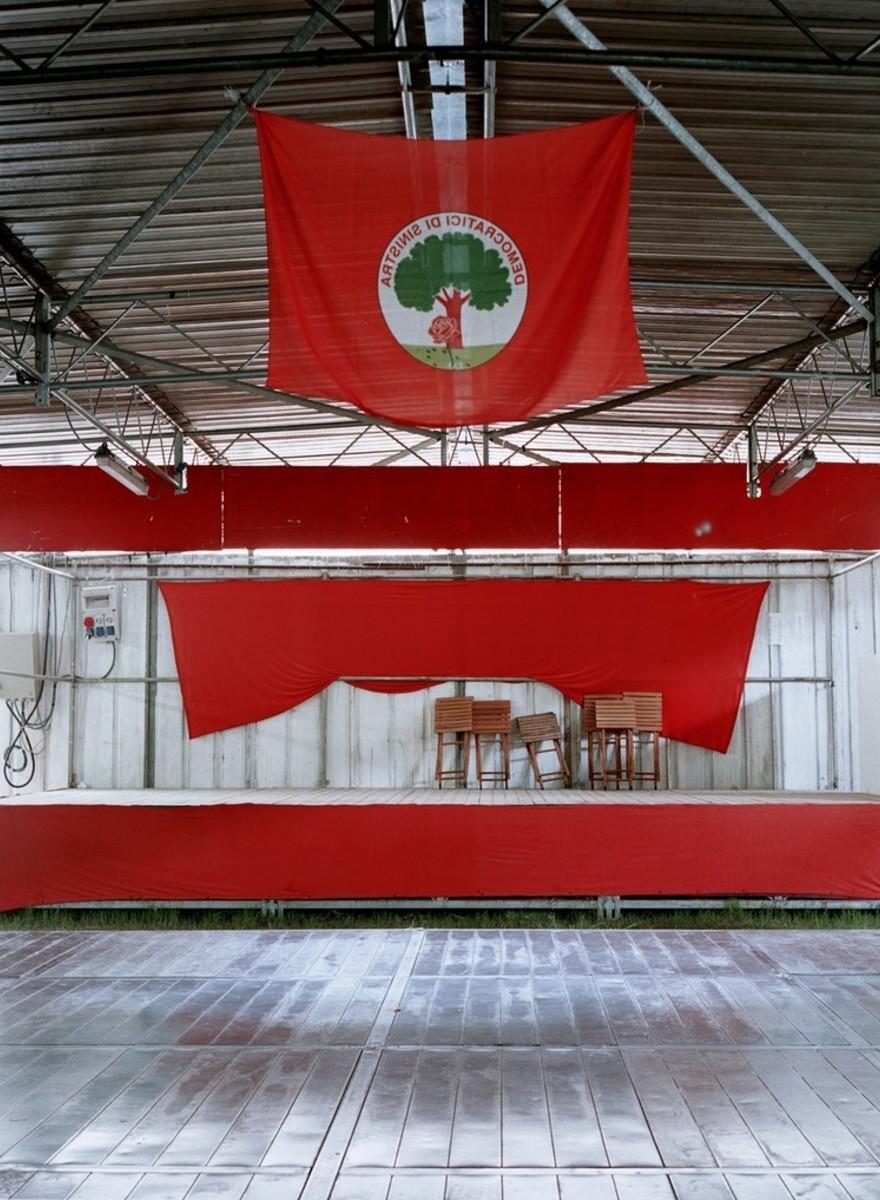 Martino Lombezzi ha fotografato la sinistra italiana che non c'è più