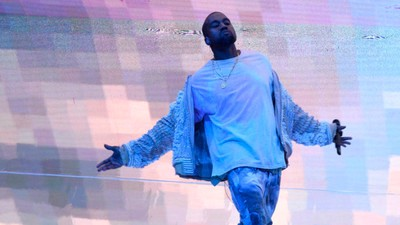 We Asked an Expert If Kanye West Could Possibly Be as Broke as He Says He Is