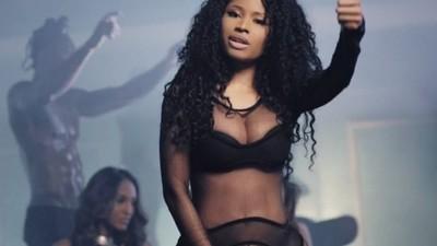 Sexismo, engaño, y poder: los mecanismos corruptos que se esconden detrás del pop moderno