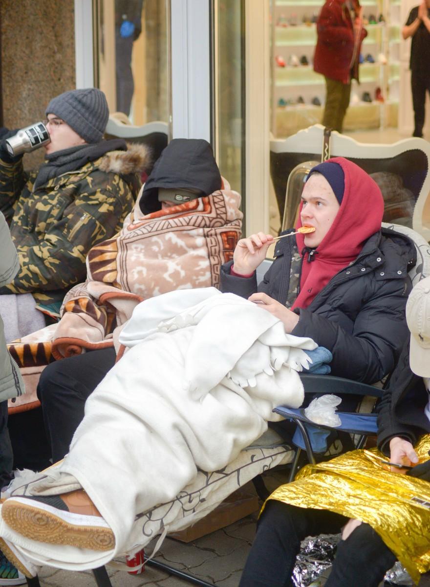 Gorączka Yeezy Boost płonie na ulicach Warszawy