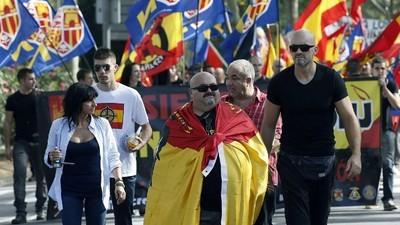 'Social-patriotismo': la ultraderecha española se inspira en Le Pen para llegar al Congreso