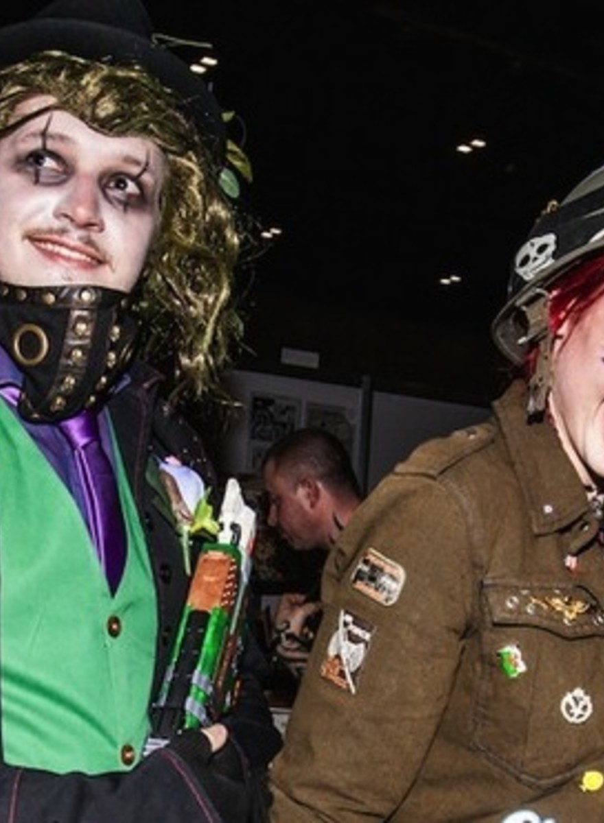 Interviews with Adorable Cosplaying Couples
