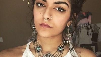 Conoce a la feminista que revolucionó twitter con una foto de su vello corporal