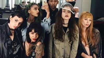 A Squad é uma agência que chegou pra mudar os padrões da moda brasileira