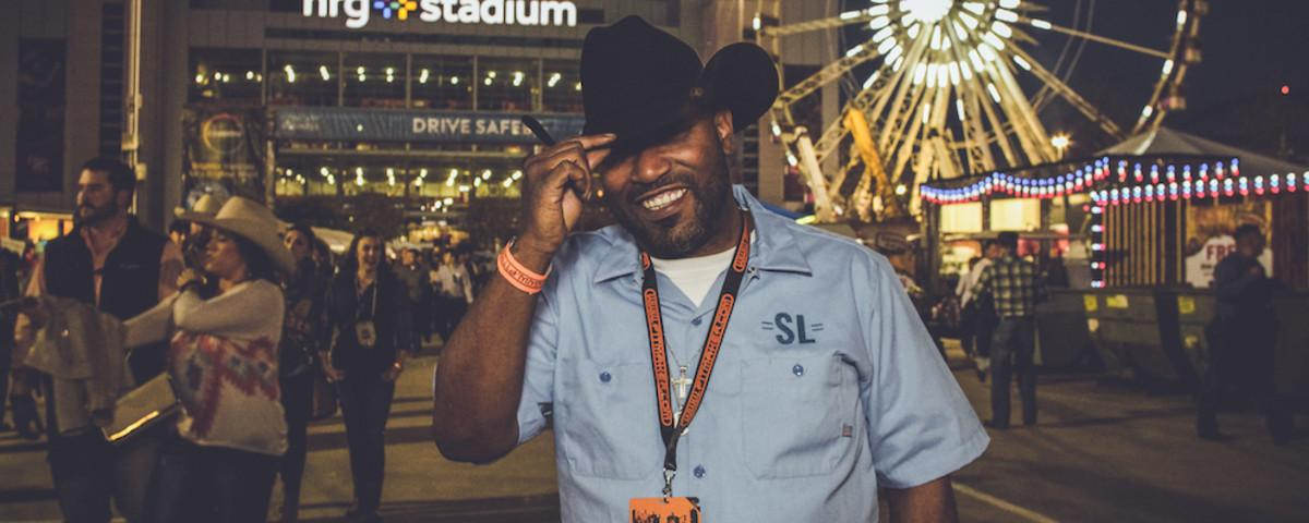 Bun B's Super Tuesday Dispatch, Part 1: Cowboys and Cow Patties at the Republican Goat Rodeo