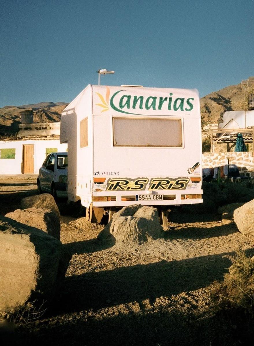 Fotos de centros turísticos abandonados en Gran Canaria y los Alpes
