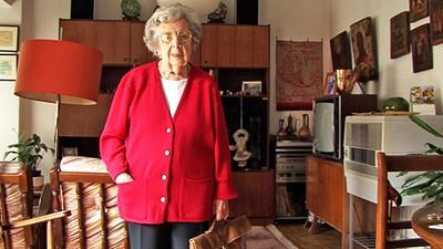 'El día que las mujeres pudimos votar', hablamos con una de las últimas sufragistas de la Segunda República