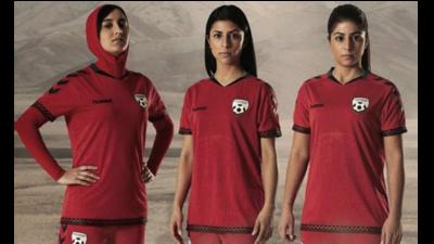 La nueva playera de Afganistán incluye hiyab