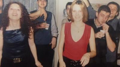 Hainele purtate de românce în anii '90 erau mai penale decât hipsterelile de azi