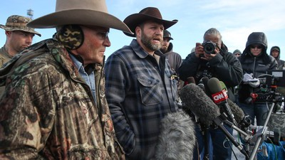 What We Know About the Crackdown on Cliven Bundy and the Oregon Occupiers