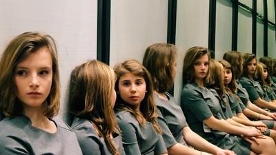 Der Algorithmus von Geschwistern: Wie viele Mädchen zählst du auf diesem Foto?