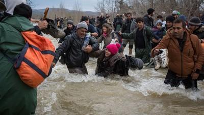 Haben Helfer in Idomeni wirklich das Leben von Flüchtlingen riskiert?