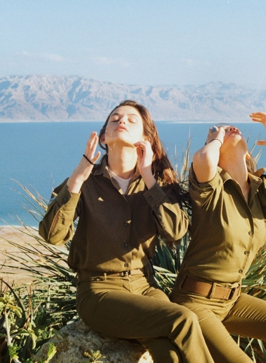 Fotos de la vida cotidiana de mujeres soldado en Israel
