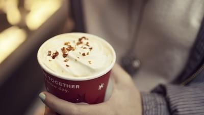 Demandaron a Starbucks por no llenar sus vasos lo suficiente