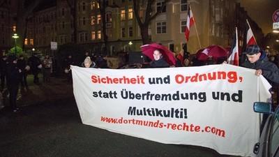 In Dortmund haben Neonazis versucht, die Eröffnung eines Buchladens zu verhindern