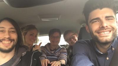 Vier Vlamingen vertellen hoe ze gisteren via social media mensen in Brussel hielpen