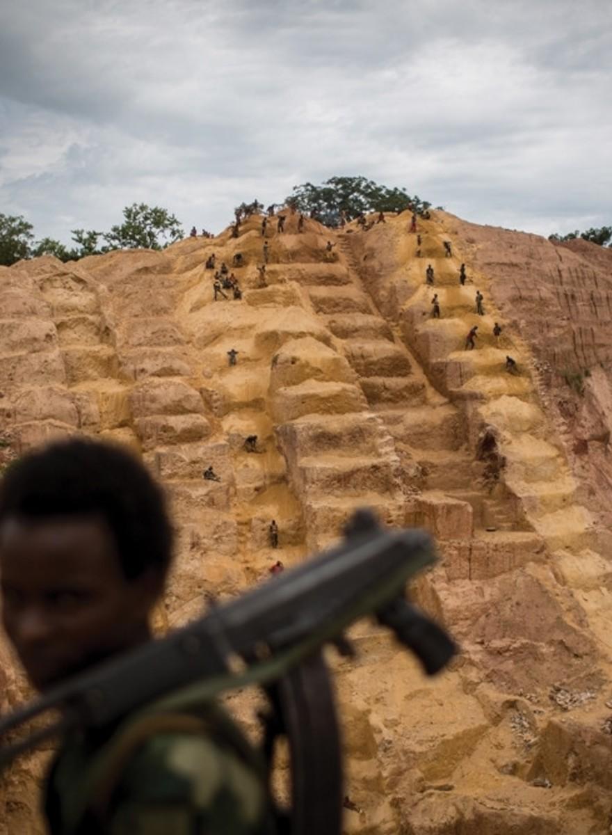 Fotografii cu oamenii exploatați pentru violență, din Republica Central Africană