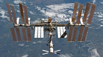 Researchers Will Try to Grow Space Drugs on the Space Station