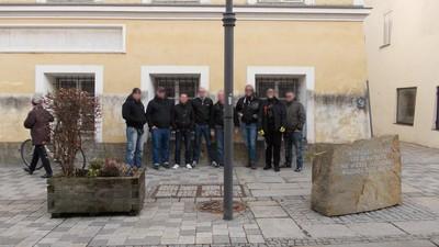 Wie Neonazi-Skins von Blood & Honour unbemerkt in Hitlers Heimat und Vorarlberg feierten