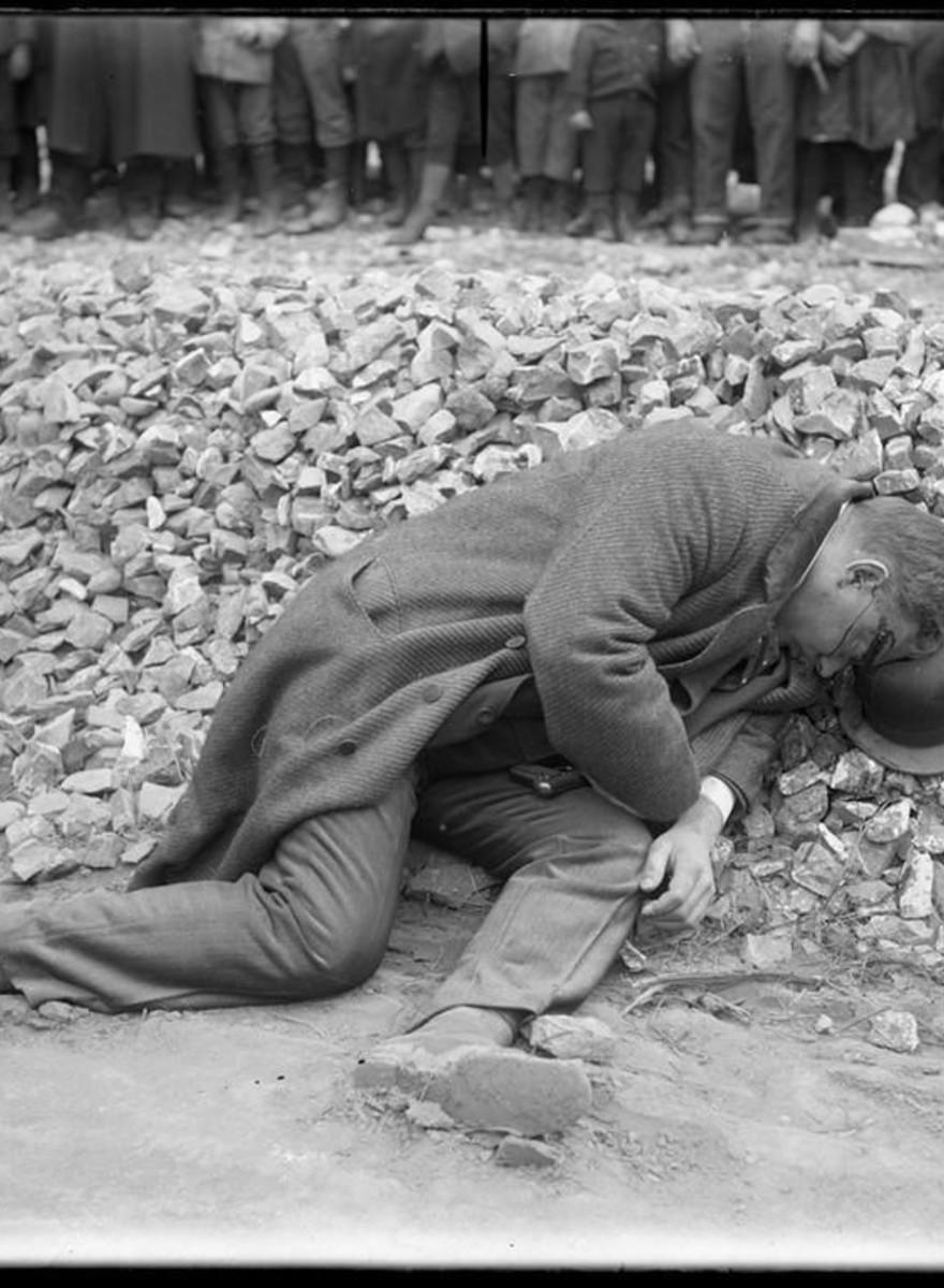 Fotografii de la locurile crimelor de la începutul secolului 20, din Italia