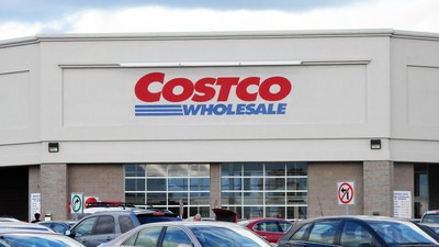 A Girl Got into Five Ivy League Schools by Writing an Essay About Costco