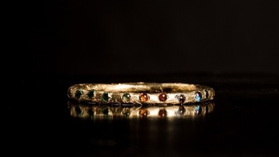 Cum poți să-ți faci bijuterii de lux din propriul rahat