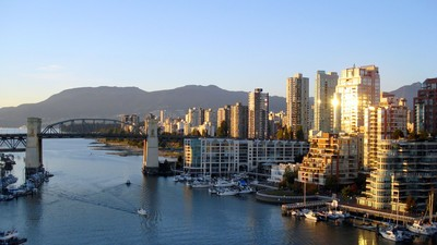 Vancouver's Undocumented Immigrants Can Now Use Basic City Services