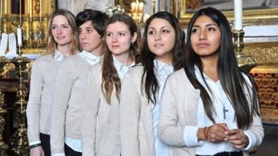 """""""Quiero ser monja"""" llega a Cuatro: las monjas son las nuevas tronistas"""