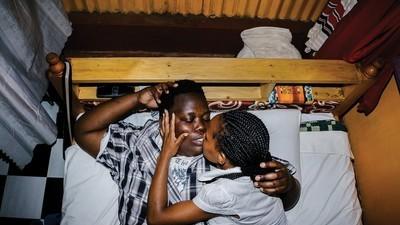 Les conséquences brutales de la loi anti-homosexualité en Ouganda