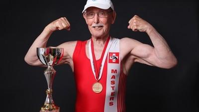 El anciano más saludable del planeta nos explica cómo mantenerse en forma