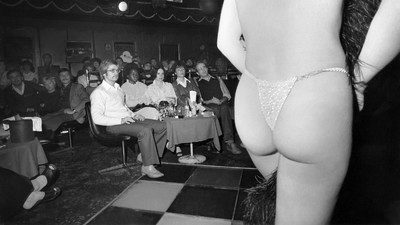 Als Biene Maja Sex auf der Bühne hatte – Einblicke in die Welt der Sex-Theater von St. Pauli