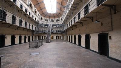 ¿Qué pasa en España cuando sales de la cárcel?