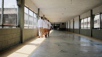 Crochê, xepa e disciplina: Passei uma manhã no presídio Adriano Marrey, em Guarulhos
