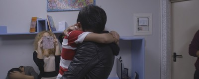 Αυτά τα Δύο Προσφυγόπουλα Κατάφεραν να Ξαναβρεθούν Μετά από 2,5 Χρόνια