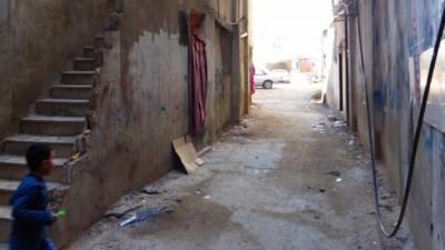 Een bezoek aan een vluchtelingenkamp in Libanon waar Palestijnse en Syrische vluchtelingen naast elkaar wonen