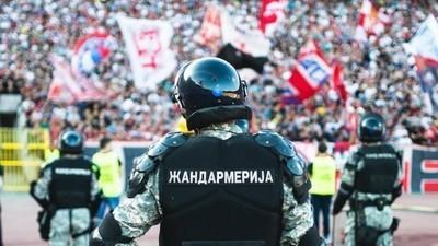 Sangue, suor e pancada: o derby mais violento da Sérvia
