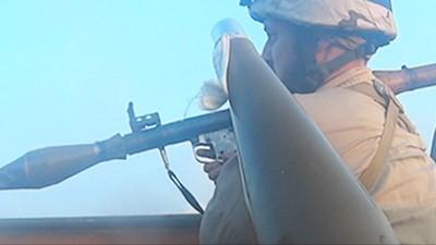 Un combat vu par la caméra frontale d'un soldat de l'État islamique
